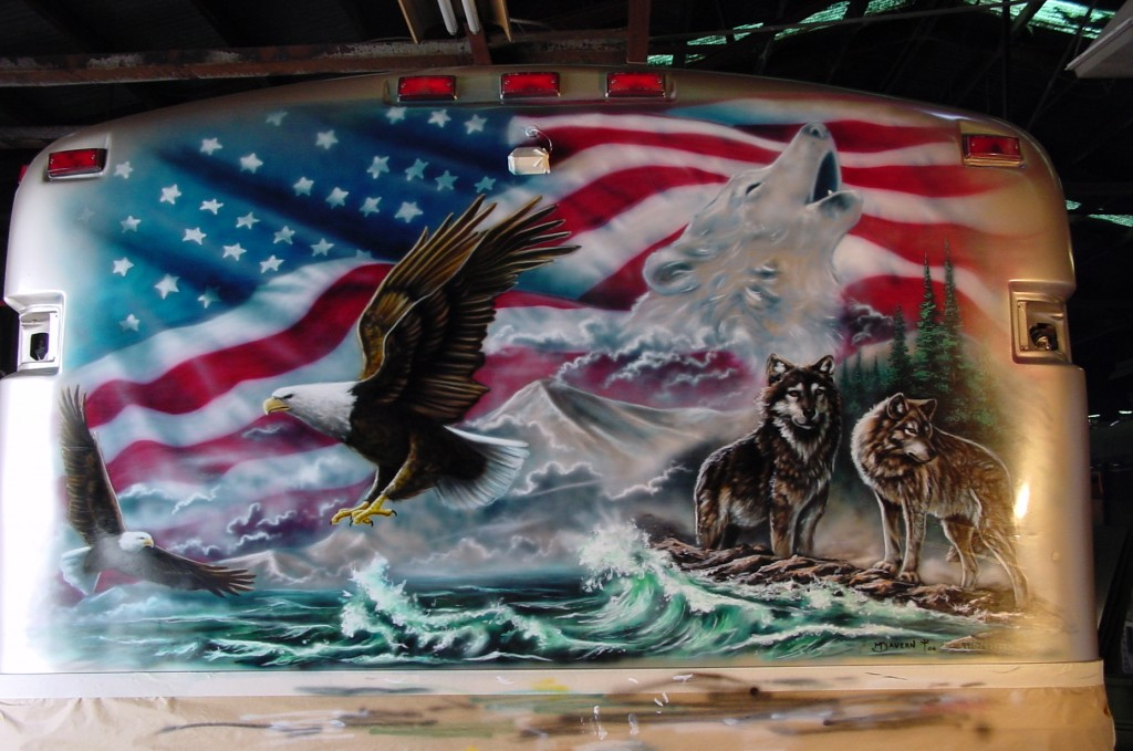 RV patriotic mural